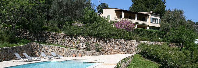 Villa Oleander with views over the entire valley of Sóller